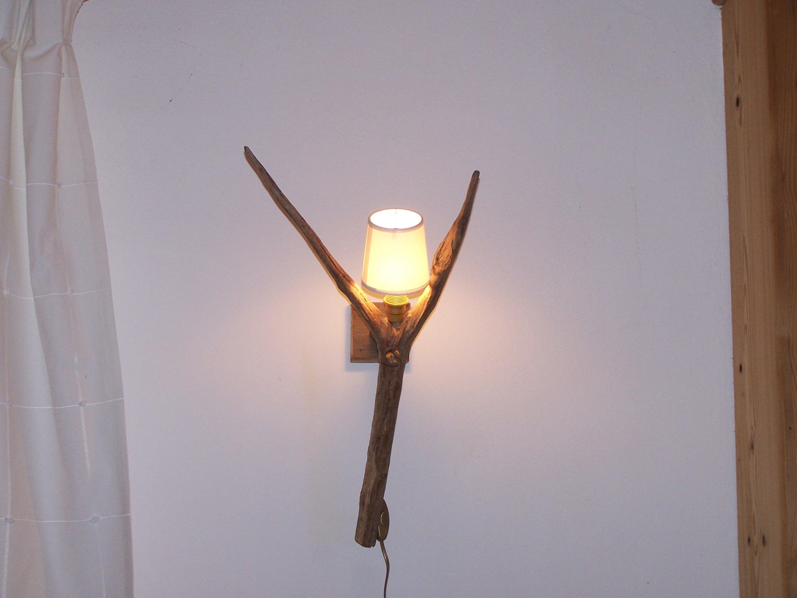 Lampes Et Appliques Murales Bois Et Peaux